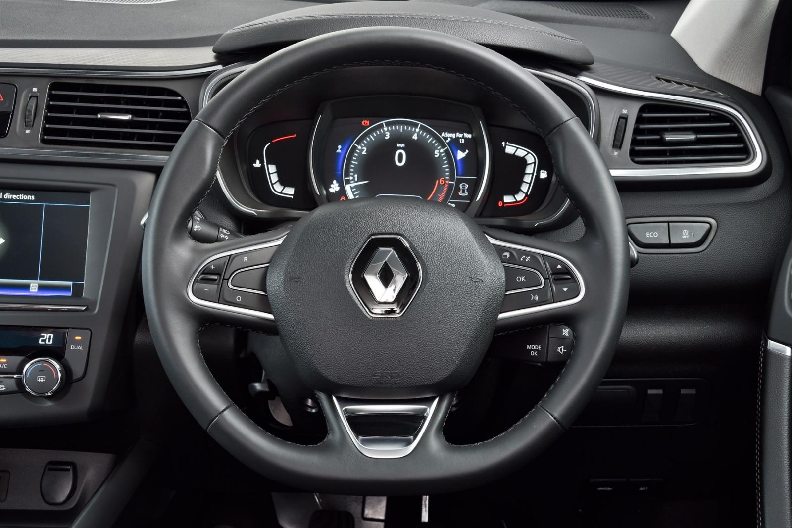 renault kadjar 96 kw 1 2 dynamique automatic 2016 review. Black Bedroom Furniture Sets. Home Design Ideas