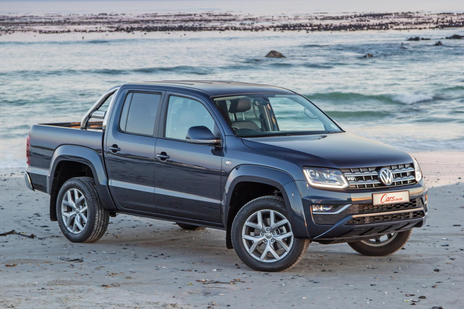 volkswagen amarok 3 0 v6 tdi highline plus 2017 review. Black Bedroom Furniture Sets. Home Design Ideas